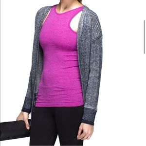 Lululemon Seamlessly Covered High Neck Tank Top